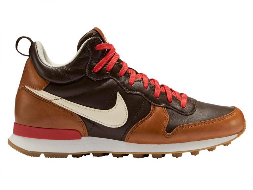 nike internationaliste marron