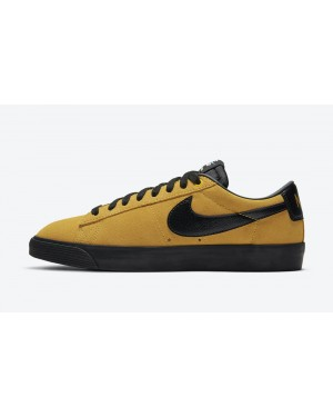 704939-700 Nike SB Blazer Low GT Chaussures - Or/Noir