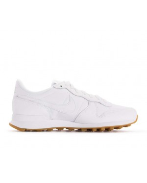 828407-103 Nike Femme Internationalist - Blanche/Blanche-Marron