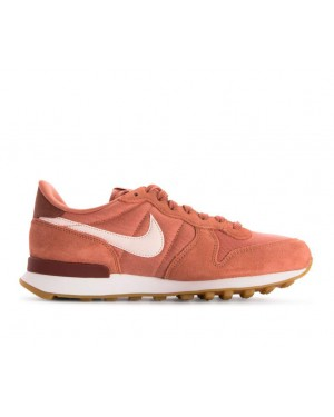 828407-210 Nike Femme Internationalist Chaussures - Terra Blush/Guava Ice-Blanche