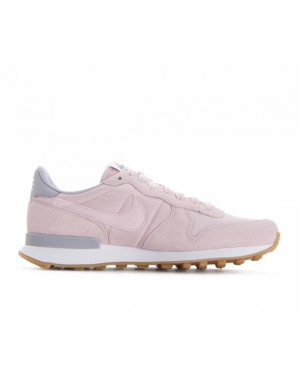 828407-612 Nike Femme Internationalist - Barely Rose/Barely Rose/Grise/Blanche