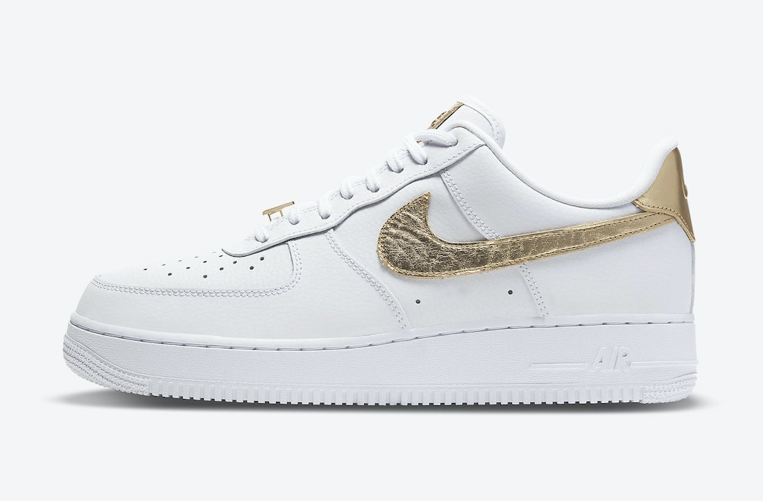 DC2181-100 Nike Air Force 1 Low Chaussures - Blanche/Metallic Gold