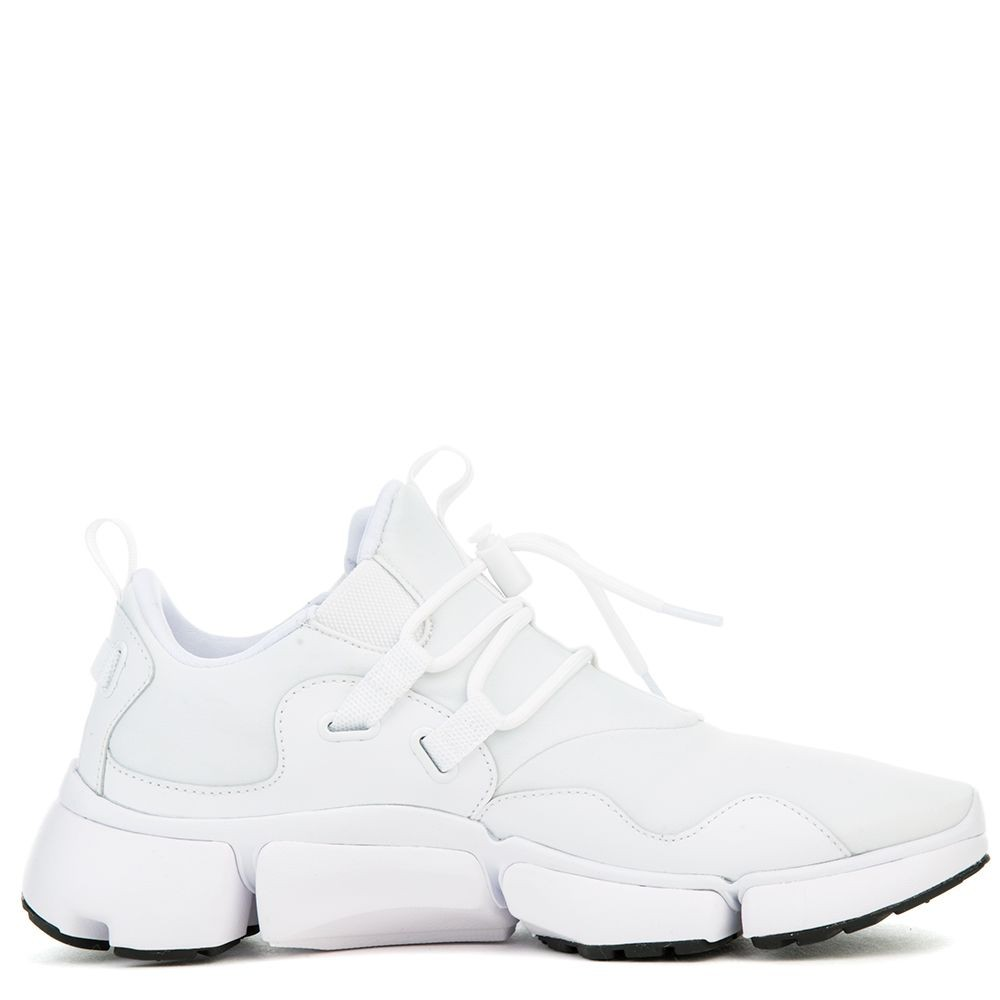 898033-100 Nike Pocketknife DM Chaussures - Blanche/Blanche-Noir