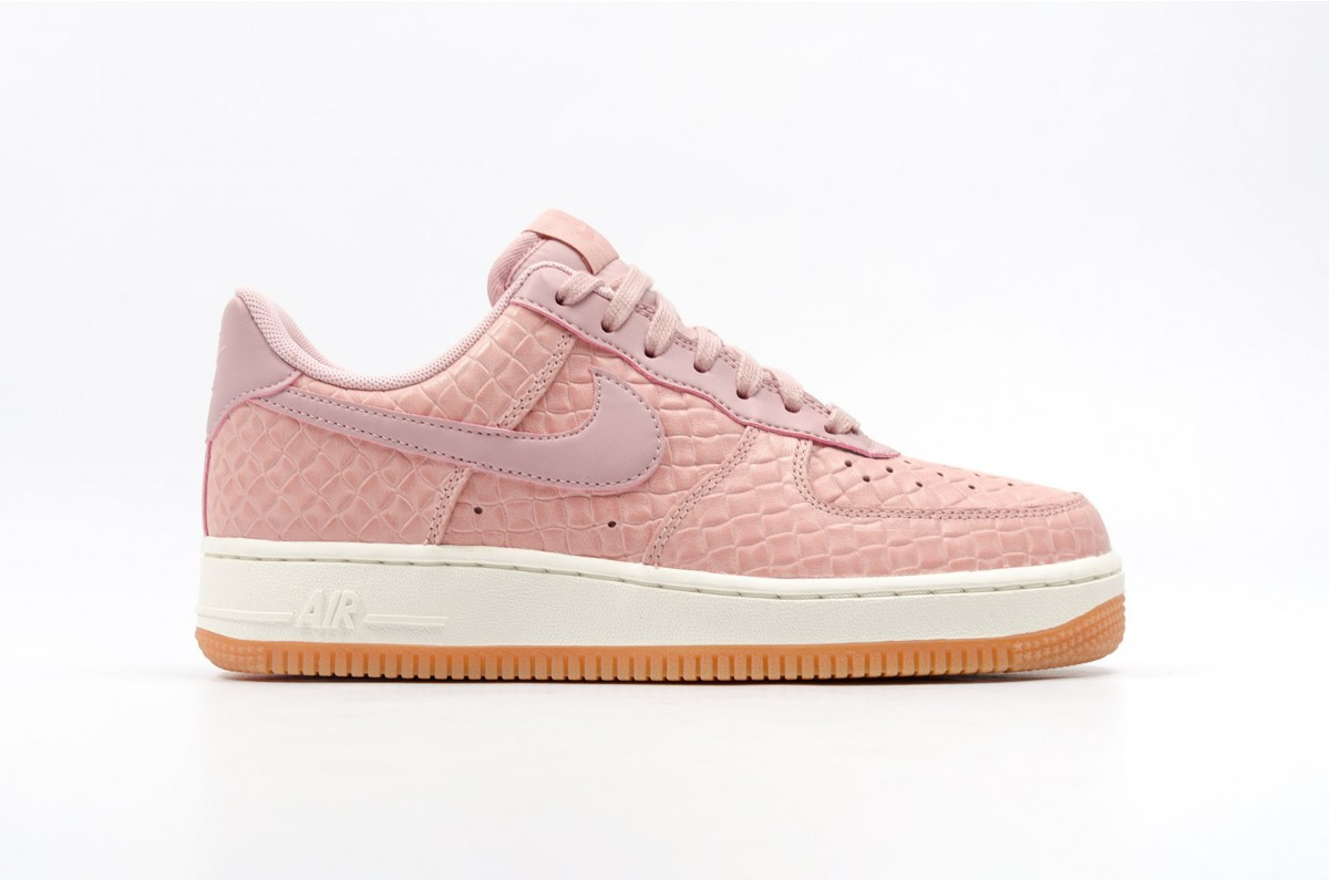 Nike Femme Air Force 1 '07 Premium (Rose) Rose/Rose 616725-601