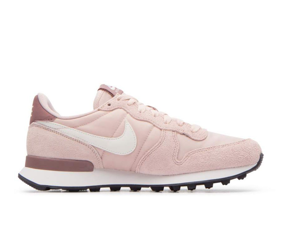 828407-211 Nike Femme Internationalist - Beige/Blanche-Smokey Mauve