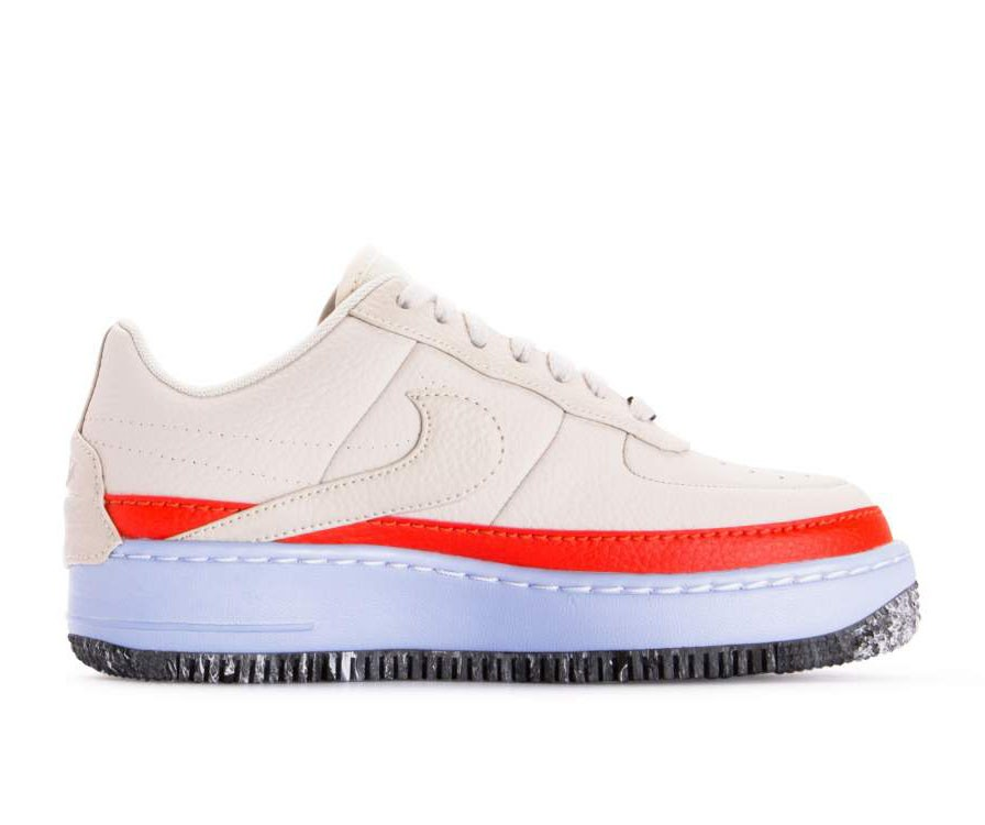 AT2497-002 Nike Femme Air Force 1 Jester XX SE - Light Bone/Light Bone-Orange