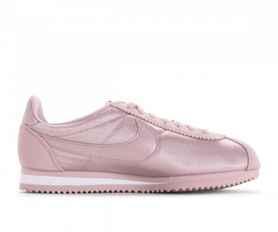 749864-607 Nike Femme Classic Cortez Nylon - Particle Rose/Particle Rose/Blanche
