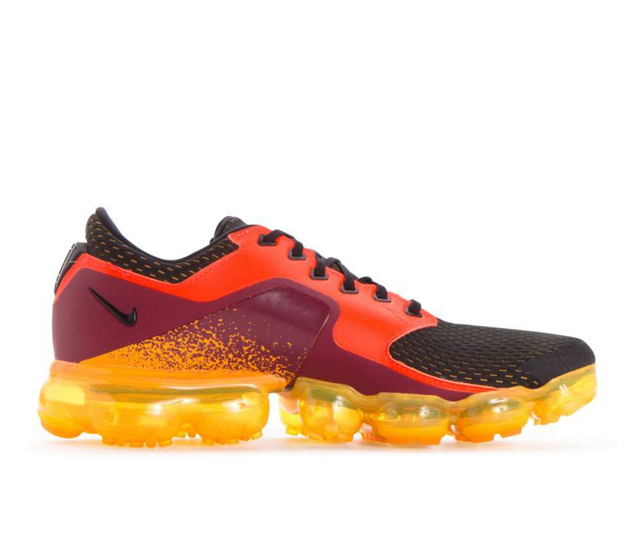 AH9046-800 Nike Air Vapormax - Total Crimson/Noir/Orange