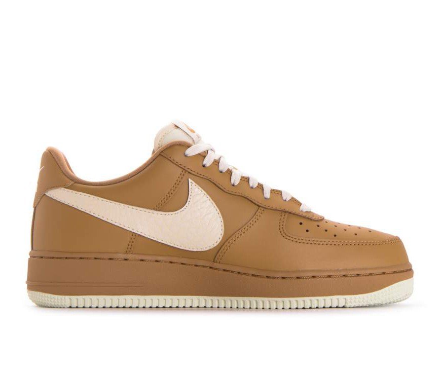 823511-703 Nike Air Force 1 '07 Lv8 - Or/Light Cream